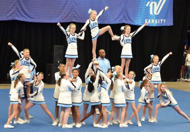 Cheerleaders lakeland